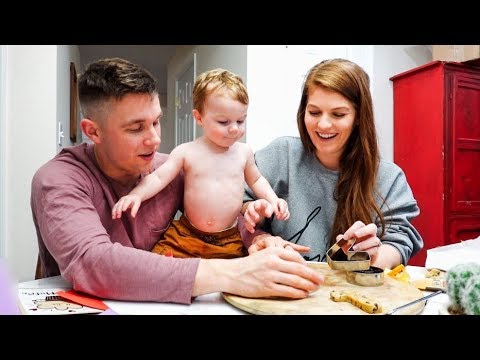I'm 26 Weeks Pregnant! & Baking with the entire family