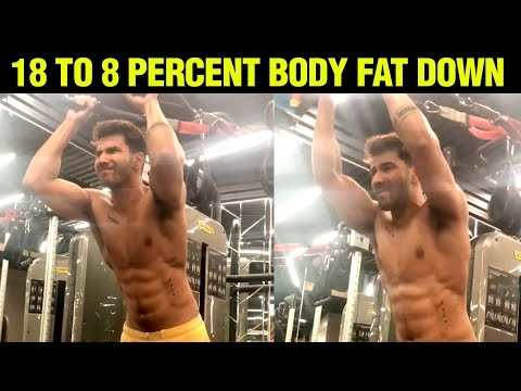 Varun Dhawan FLAUNTS His 8 Pack Abs In His New Workout Video | Street Dancer 3D