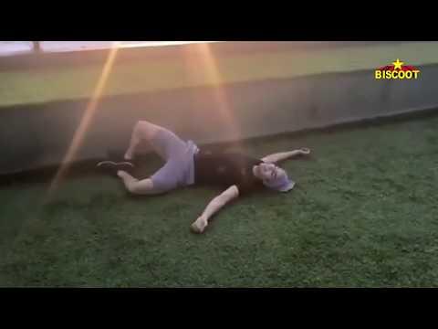 Jhanvi Kapoor Ishaan Khattar Funny Workout Video.